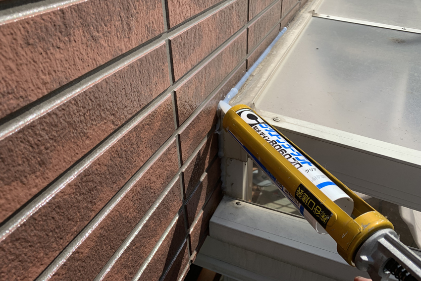 屋根/遮熱塗装、外壁/クリア塗装と塗潰し