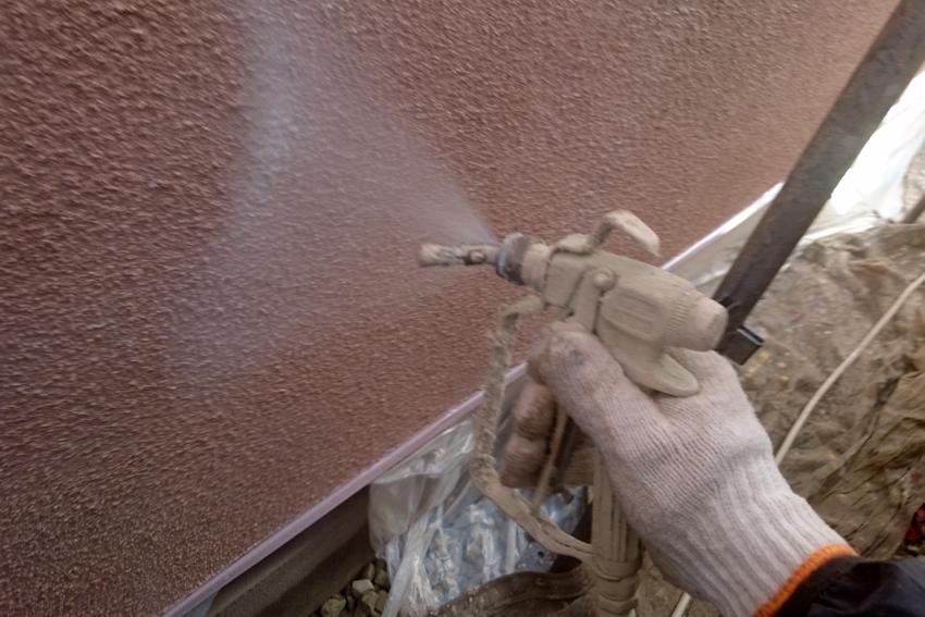 屋根塗装(遮熱)、モルタル外壁塗装、ベランダ防水トップコート
