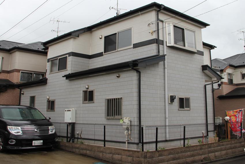 屋根塗装(遮熱)と外壁塗装(2階外壁塗潰し、1階外壁クリア塗装)
