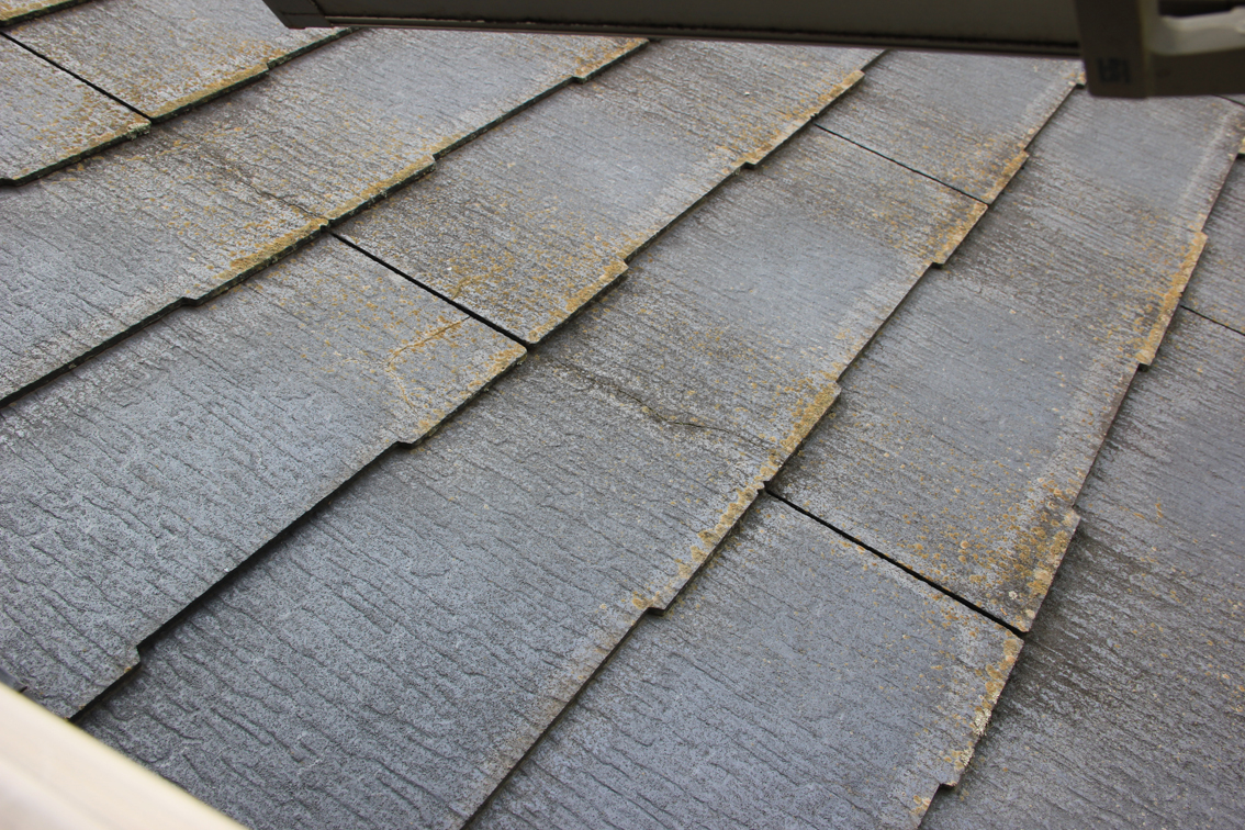 屋根の遮熱塗装と外壁のクリアー塗装と塗潰し、コーキング打替、ベランダ防水トップ