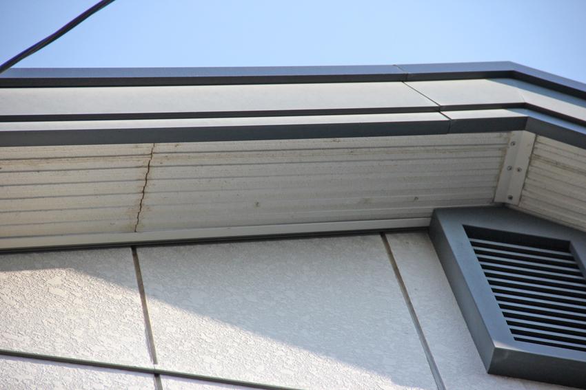 外壁塗装とコーキングの打替