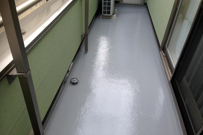 屋根塗装、外壁塗装(ツートンカラー)、コーキング打替、ベランダ床トップコート