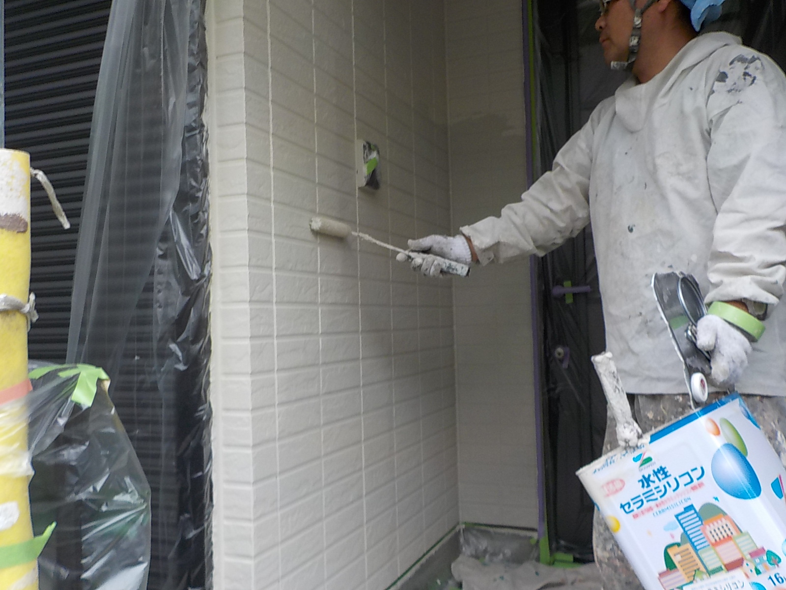 高遮熱屋根塗装、窯業系サイディング外壁塗装、コーキング打替