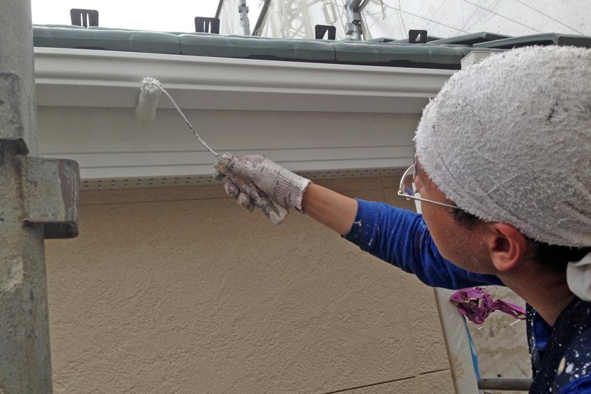 外壁塗装-2階塗潰し、1階クリア塗装