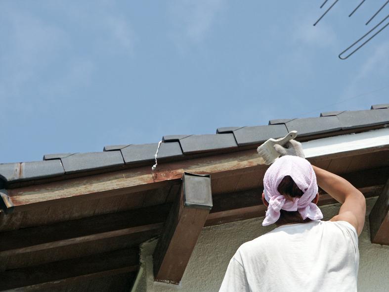 伊奈町で木部塗装-破風・鼻隠、軒天、垂木