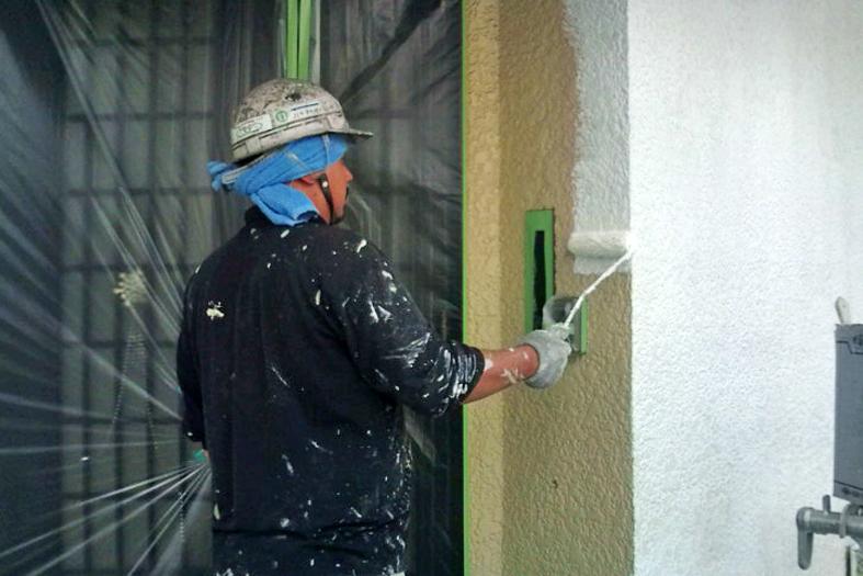 高遮熱屋根塗装・外壁塗装、 ベランダ防水トップコート