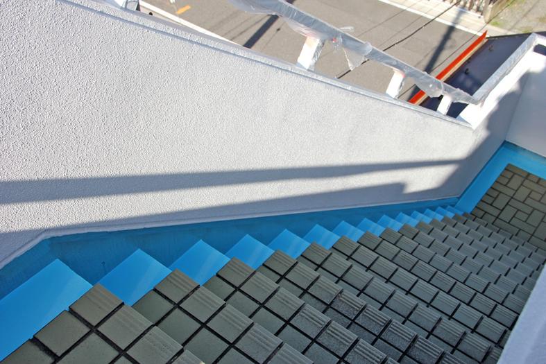 階段・通路の側溝防水