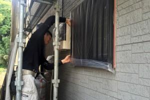 養生と屋根下塗、軒天塗装-さいたま市西区H様邸
