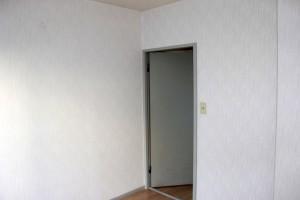 アパート室内壁クロス貼替依頼-さいたま市浦和区Eアパート