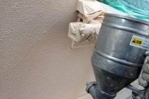 養生とコーキング-さいたま市緑区S様邸、外壁塗装工事