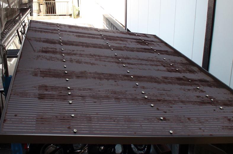 波板屋根交換-マンション駐輪場