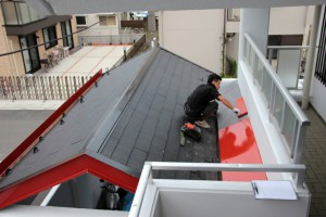 エントランス屋根塗装-さいたま市北区、Fマンション