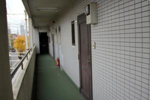 ドア塗装の現状調査-さいたま市南区、賃貸マンション