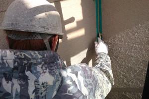 さいたま市中央区のSA様邸で塗装前の入隅のコーキング