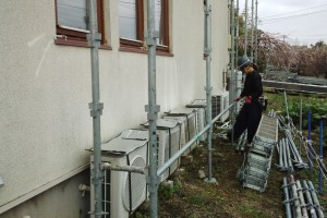 さいたま市桜区でE様邸の屋根塗装と外壁塗装が着工