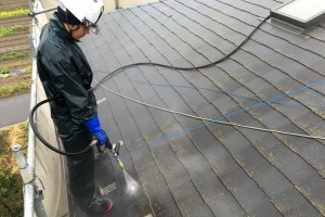 さいたま市桜区でE様邸の屋根塗装と外壁塗装のための高圧洗浄