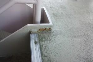 さいたま市大宮区のS様から、マンションの鉄骨階段塗装の見積依頼