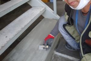 さいたま市北区の賃貸マンションで外壁塗装前の爆裂補修が完了