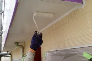 蓮田市のK様邸で外壁塗装と軒天塗装