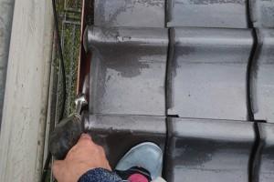 さいたま市西区のO様邸で外壁塗装のための高圧洗浄