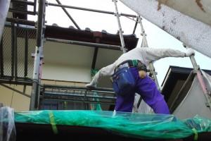 外壁塗装を行っている、さいたま市西区のO様邸で軒天補修