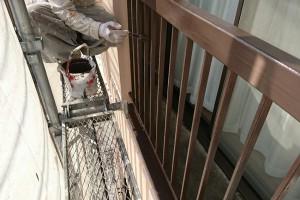 さいたま市西区、S様の複合ビルで外壁塗装とベランダ鉄部塗装の続き
