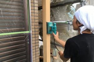 さいたま市南区、Y様邸の外壁塗装工事で、木部塗装