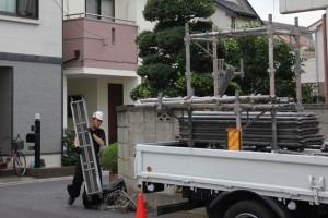 さいたま市桜区、M様邸で外壁塗装が完了し足場の解体