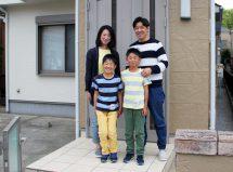 伊奈町で屋根の遮熱塗装と外壁のツートンカラー塗装、コーキング打替とベランダ防水トップコートを行ったお客様の声