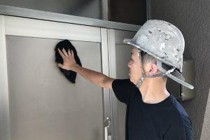 さいたま市北区、S様のSビルで外壁塗装のための高圧洗浄