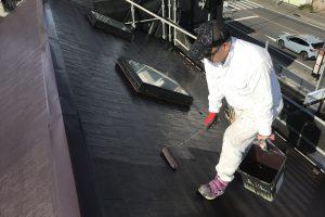 さいたま市北区E様邸の屋根塗装と外壁塗装は順調に進捗中
