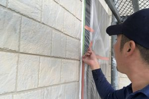 さいたま市見沼区、K様邸の屋根塗装は下塗完了