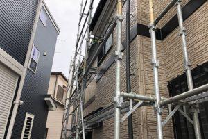 さいたま市緑区、H様邸の屋根塗装と外壁塗装は台風の準備