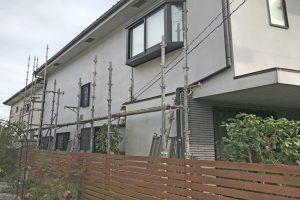 さいたま市大宮区、N様邸の屋根塗装と外壁塗装が着工