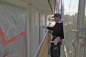 さいたま市北区のK様邸の外壁塗装は中塗に着手