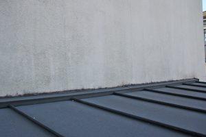 上尾市のT様へ屋根塗装と外壁塗装の見積説明