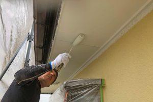 さいたま市見沼区、N様邸の外壁塗装は中塗完了