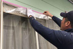 さいたま市西区、Kアパートで屋根塗装と外壁塗装のための養生