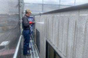 伊奈町、Iビルの外壁塗装と屋上防水が着工