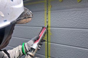 さいたま市北区、H様邸で外壁塗装後のコーキング
